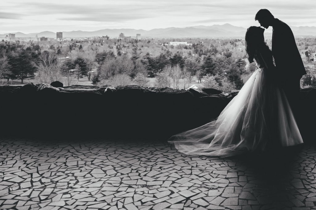 Fotografii artistice de nunta alb negru